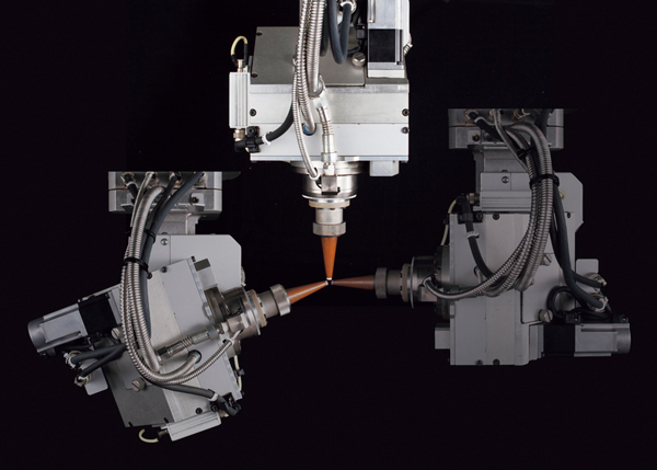 Compact head adapted for ultra-high-speed cutting